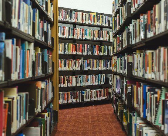 Biblioteka Chełm:                      Spotkanie autorskie z Marcinem Koziołem