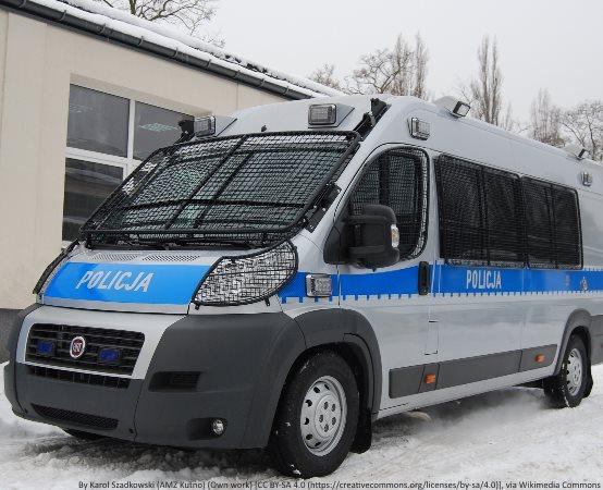 Policja Chełm: ZATRZYMANY ZA KRADZIEŻ ROZBÓJNICZĄ